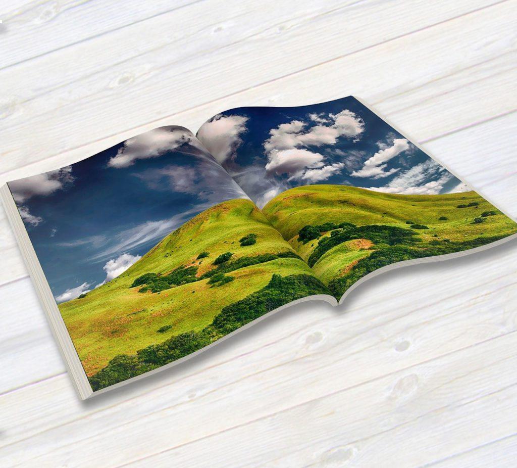 カタログや冊子の無線綴じ印刷